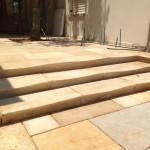 ריצוף מדרגת אבן מדרגות בורגון